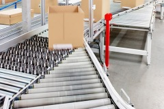 Axiom's automated packing solution with switch sorter for Asda at its Clipper Logistics facility in Boughton
