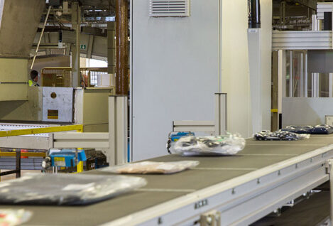 JD Williams install an automated inline packing system